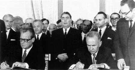 Vor 50 Jahren: Willy Brandt (SPD) – USA und der Osten